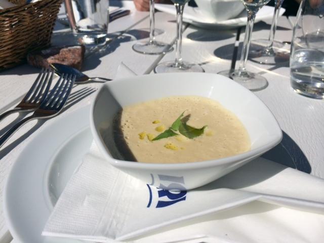 ravintola saari, kesä, kesäruokaa, lounas, keitto, selleri, fenkoli