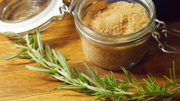 rosmariini, ruokosokeri