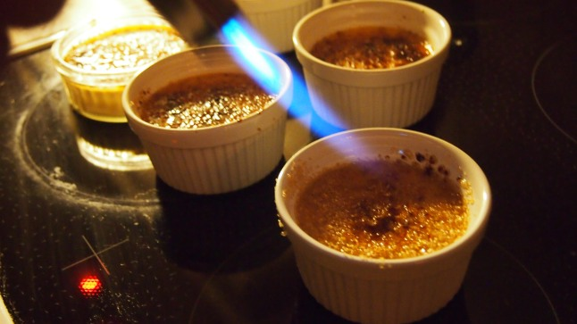 creme brulee, rosmariini, poltin