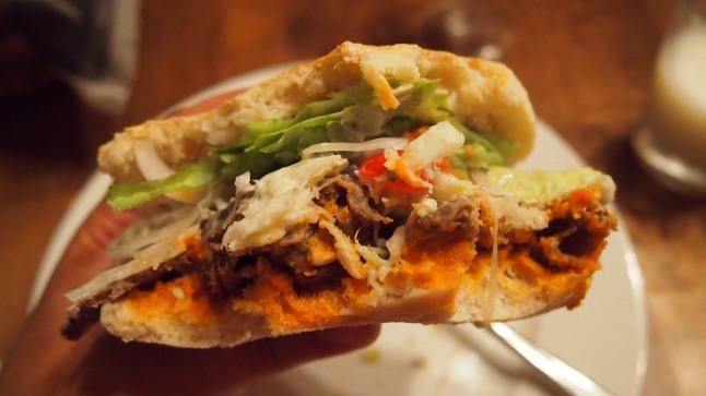 pitaleivät, pita, kebab, kebabkastike