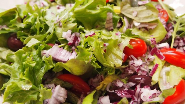 kana-nachosalaatti, salaattimix